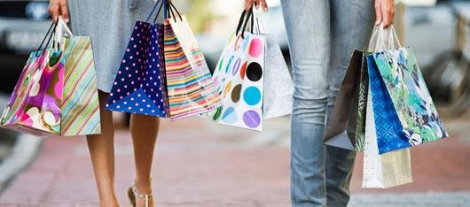 shoppers-legs